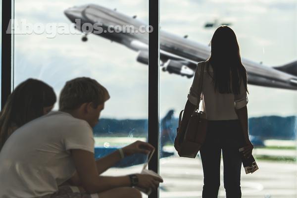 Reclame sus derechos si su avión se retrasa o la aerolínea le incumple